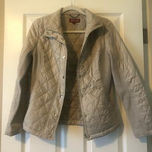 Quilted lightweight Nude Jacket